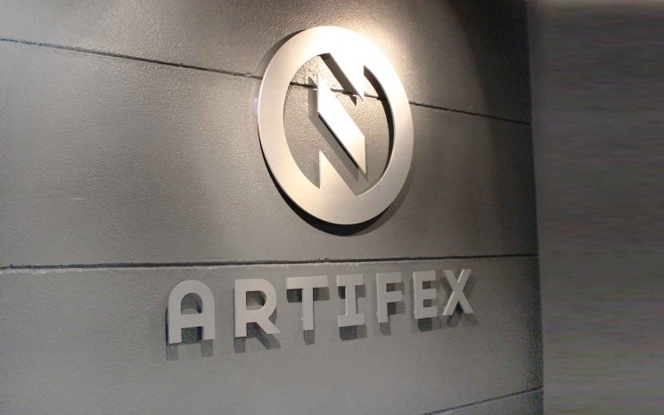 Pin mounted satin brushed aluminum reception logo,